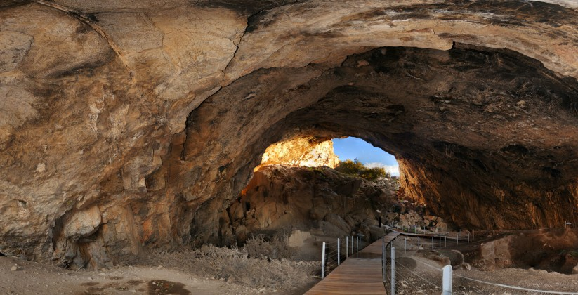 Σπήλαιο Φράγχθι